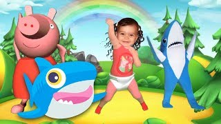 Baby Shark Dance - Sing and Dance - Little Baby Dance with Shark and PIG