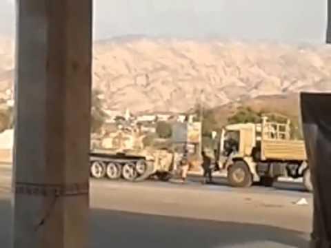 دبابة تدهس جندي يمني