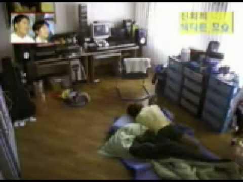 Shinhwa Minwoo Dongwan Andy waking up