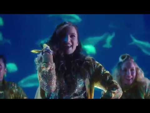 Pitch Perfect 3 - Sit Still, Look Pretty (Lyrics) 1080pHD