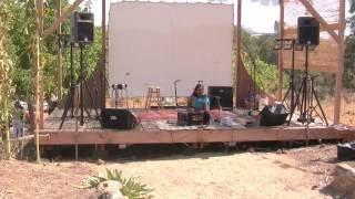 Kamini - Kamini Natarajan sings Maha Mantra