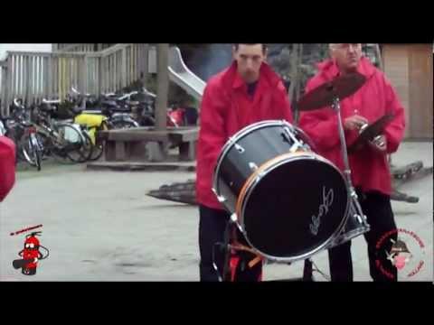 """Poederblussers: Benefit optreden Scouting Ben Labre, actie """"VERF EN FANFARE 2012"""""""