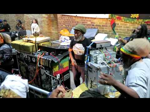 Channel One playing Dub Dynasty 'Rig Veda' @Village Underground, 23/04/17 ~ LAST TUNE!