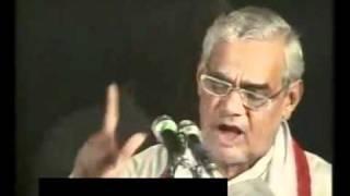 Atal Bihari Vajpayee ki 'Bharat' kavita.flv