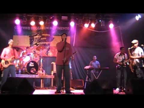 Baixar Banda Conexão Jamaica no Projeto Dia D do Reggae no Pelourinho.