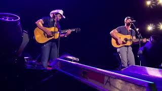 Brad Paisley & Riley Green duet - I Wish Grandpas Never Died