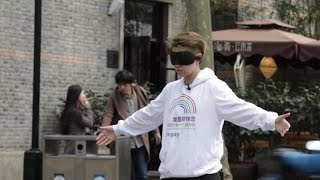 """Social Experiment in China -- """"I'm gay, would you hug me""""  