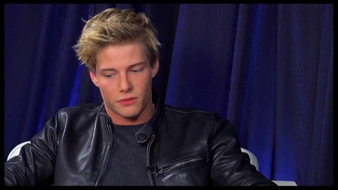 Show People with Paul Wontorek Interview: Hunter Parrish of ...