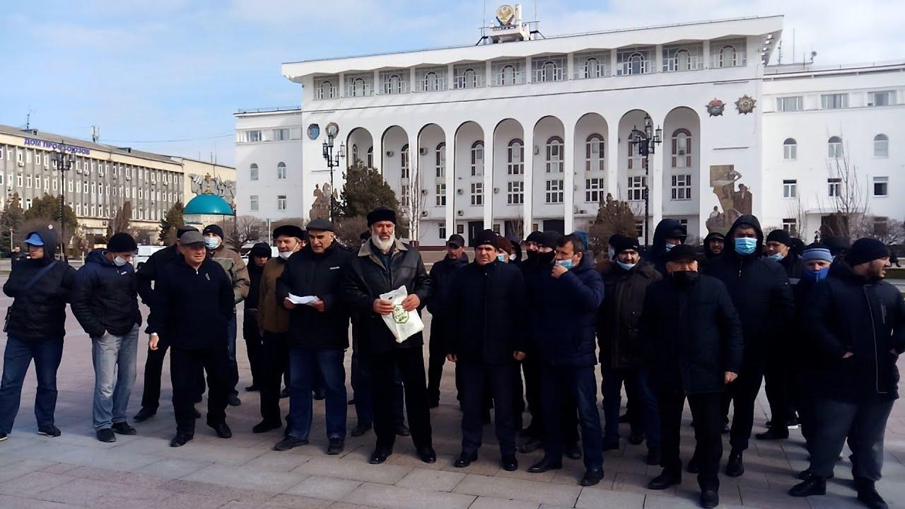 Дагестан: кумыки потребовали встречи с Меликовым