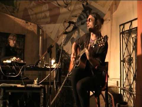 Психея - Хичкок (Live @ Сквот кафе 18.08.11)