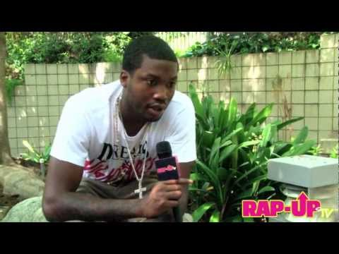 Baixar Meek Mill Talks 'Dreams & Nightmares,' Rihanna Rumors