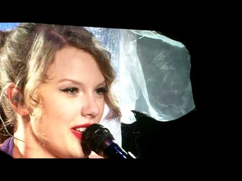 Baixar Taylor Swift covering Bryan Adams'