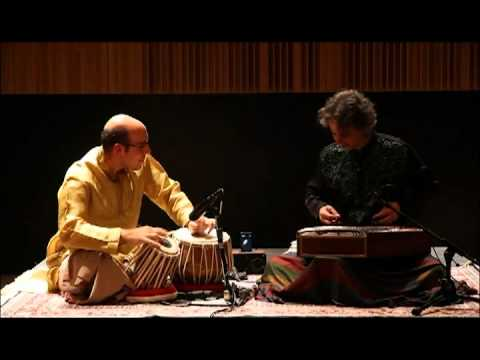 Jonathan Voyer - Raga Charukeshi: santoor & tabla