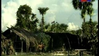 Khmer Movie: ឣ្នកដើរកាត់ភ្លៀង ( Nak Daer Kat Phlieng )