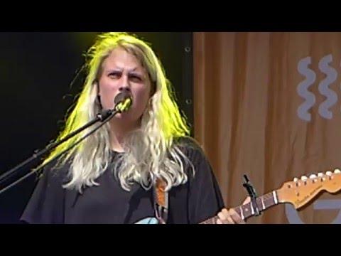 Marika Hackman, live 1of2 Green Man Festival, 22-08-2015, Brecon Beacons Wales