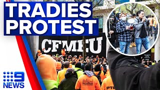 Construction workers protest outside Melbourne CFMEU office | 9 News Australia