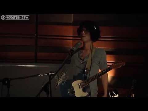 GRAPEVINE - 光について  (J-WAVE/Hello World studio live)