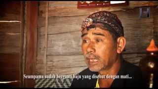 Suku Samin Desa Klopoduwur