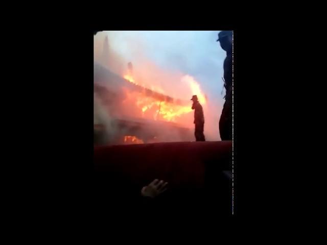 西藏拉薩著名古蹟大昭寺大火 金頂受損嚴重