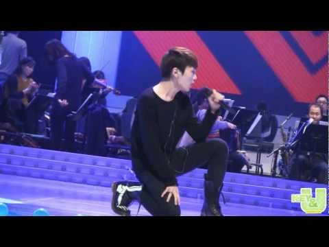 [fancam] 110303 SHINee Key see-through sexy back @ K. Founding Special Concert rehersal