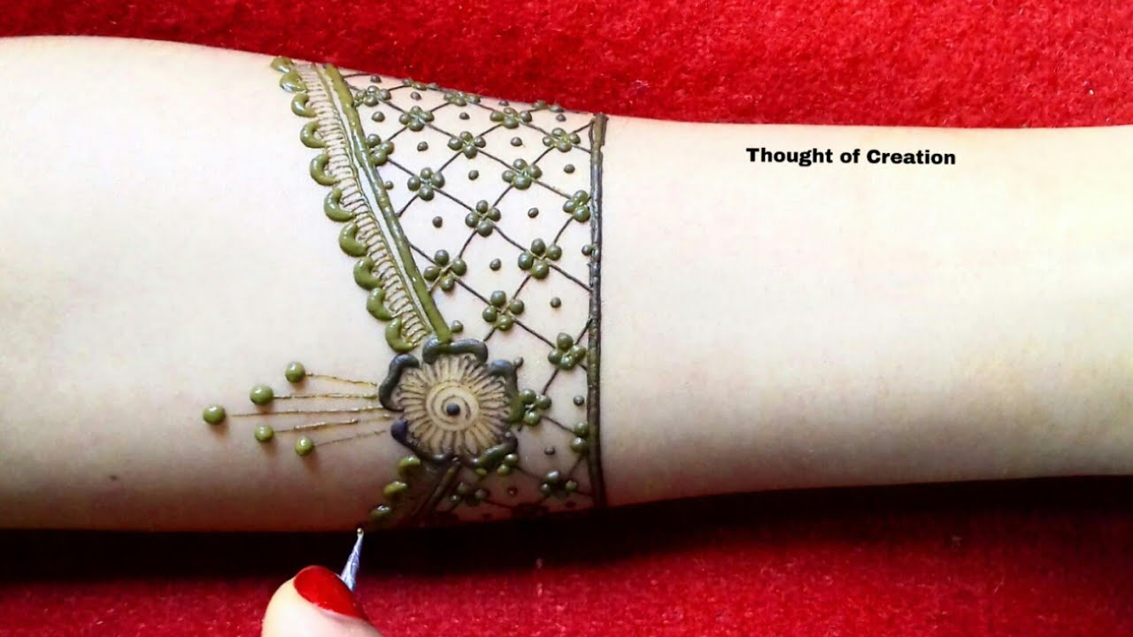 Very Stylish Mehndi Design For Hands