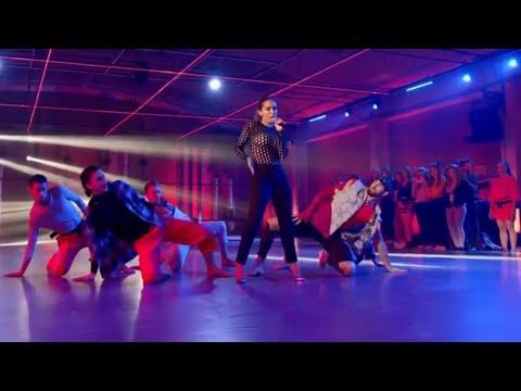 Anitta - Downtown (PERFORMANCE)| Fama a bailar