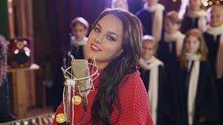 Ewa Farna - Vánoce na míru (Official Music Video)