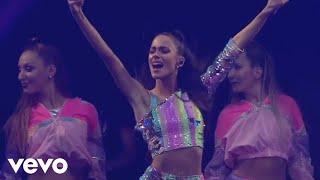 TINI, Greeicy - 22 (En vivo)