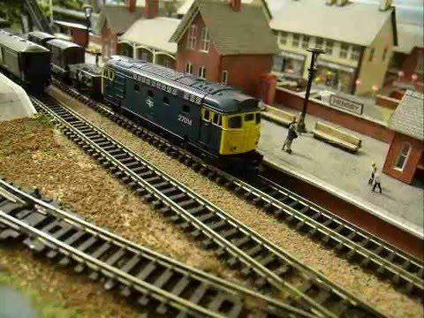 Minitrix N Gauge BR Blue Class 27 Diesel