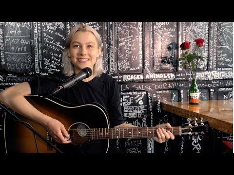 Phoebe Bridgers - Smoke Signals (Live)