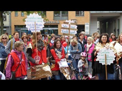 Kita Demo auf dem Pulheimer Marktplatz
