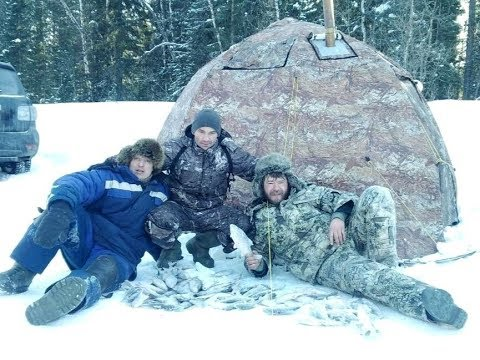 рыбалка с друзьями.супер клев сороги .ночевка в палатке уп 2 с пошехонкой в -30.
