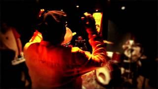 PUPPA LËK SÈN - Lek Sen ft. Clinton Fearon - Maney