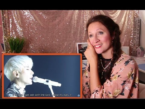 Vocal Coach REACTS to PARK HYOSHIN - WILDFLOWER