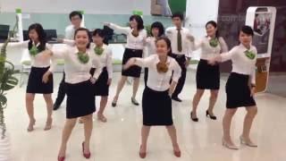 1200 Nhân viên VIETCOMBANK nhảy Flashmob
