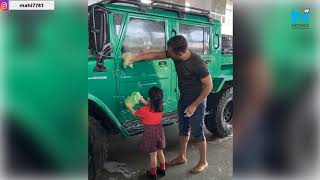 MS Dhoni and Daughter Ziva Clean His New SUV Jonga, Dhoni ..