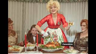 katy perry - cozy little christmas (officiel audio)/Every Day Is a Holiday