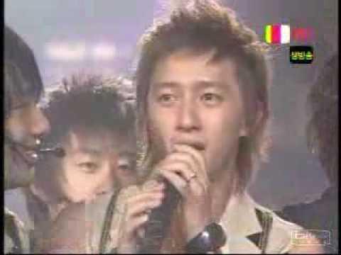 Choi Siwon  hugging Hankyung.flv
