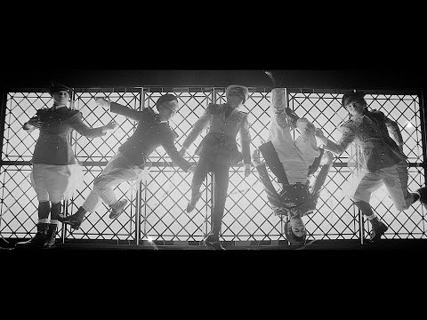SHINee -- 「Everybody [Japanese ver.]」Music Video