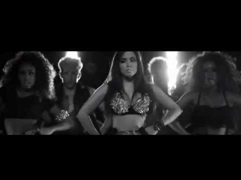 Baixar Show das Poderosas - Anitta (Fake Divas Djs Tribal  Remix)