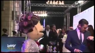 باسم يوسف مع أبلة فاهيتا فى مهرجان دبى السينيمائى هههههههههههههههههههههه:)     -
