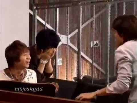 2006 History in Japan Vol2 - Jaejoong fights Changmin and falls down