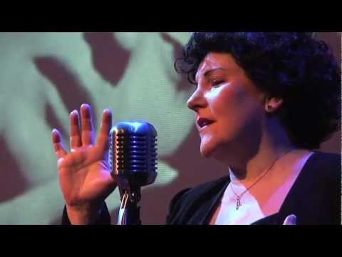 Eve Loiseau - Edith Piaf - 'Piaf The Songs' performed by Eve Loiseau