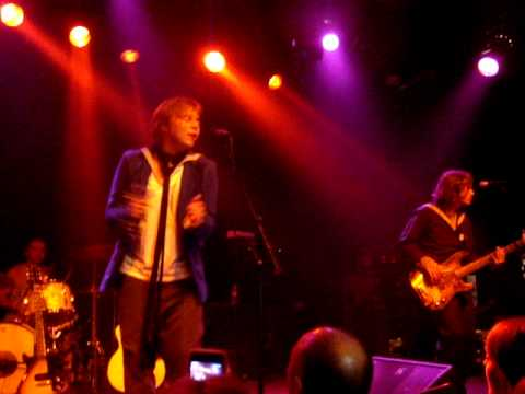 Мумий Тролль - Невеста (live Октябрь 2009)