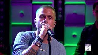 André Hazes Jr. zingt emotionele Humberto toe  - RTL LATE NIGHT