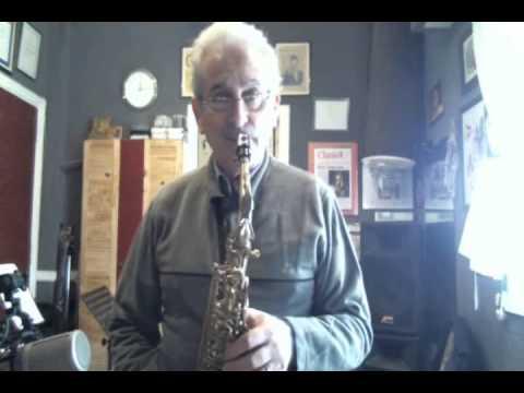 como practicar acordes en saxofon