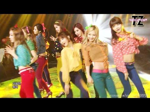 SNSD(소녀시대) - DANCING QUEEN 댄싱퀸 Compilation~~!!