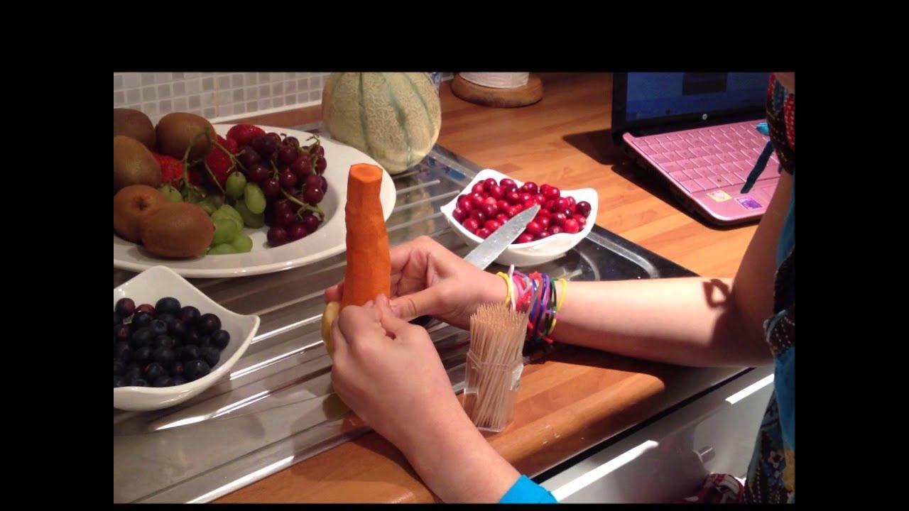 Como lo hice arbol de navidad de frutas youtube for Como hacer arreglos de navidad