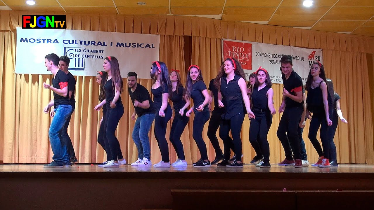 05. Rock and Roll en la plaza del pueblo (2º Bach) - XV Mostra musical i cultural IES Gilabert de Centelles 2015 Nules