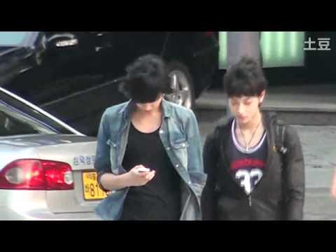 [FANCAM] 110710 EXO-M Tao & Kris
